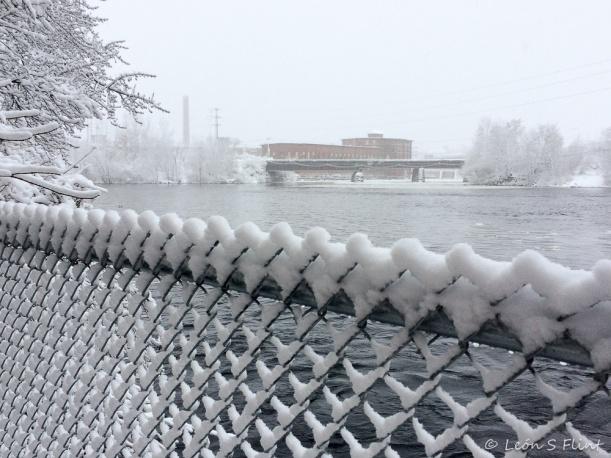 fence-bridge